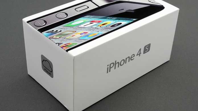 いまだ止まらない人気の「iPhone 4S」