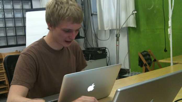 【Xcode】クラスやメソッドの詳細が知りたいときに速攻でリファレンスを開く方法。