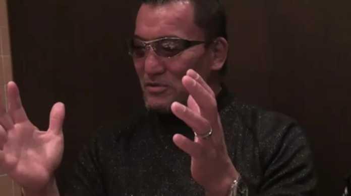 黒のカリスマ、蝶野正洋が語る「プロレスラーがアナウンサーを襲う理由」