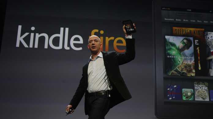 Amazon「Kindle Fire HDの方がiPad miniよりも、安価だしディスプレイの性能もいいし高画質な動画も楽しめるぜ!」
