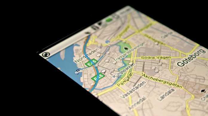 「現在地から電車や徒歩やクルマを使って目的地に行く方法」iPhone版Googleマップの使い方②