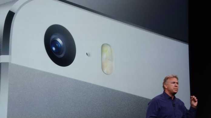 【速報】iPhone 5sとiPhone 5cの発売日は2013年9月20日に決定。ドコモからも販売へ。