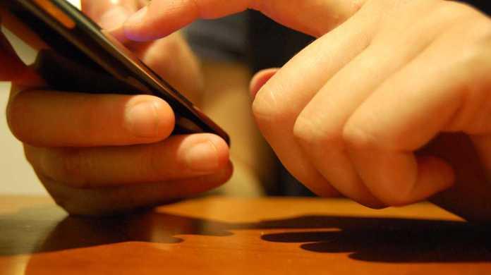 iPhone/iPadで日本語キーボードが出てこない時の対処方法。