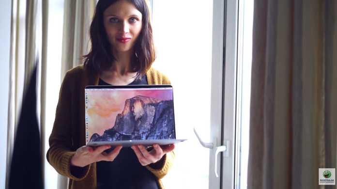 もの凄い美人がまくし立てて新しいMacBook 12インチとMacBook Airを比較している動画
