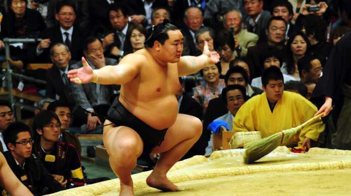 体重・ヒップ・脚を引き締める、日本古来のスクワット「しこ踏み」まとめ。