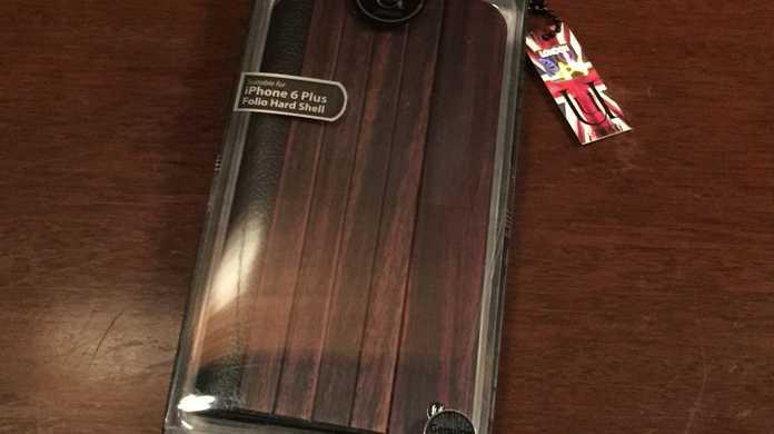 くるみの木を使った手触り抜群のiPhoneケース「UUNIQUE Wooden Case with Panel Design」を試す。