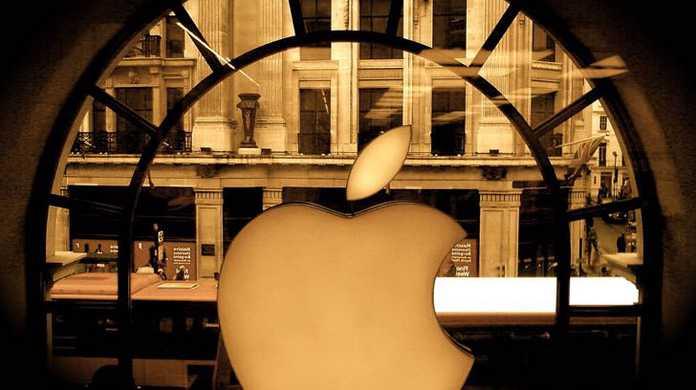 最強・・・!アップル、スマホ市場全体の9割の収益を掌握。