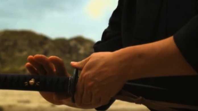 【リアル剣心】抜刀術を極めると、飛んでくるBB弾をも一刀両断できる!