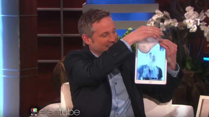 【動画】iPadをガチに魔法の板に!物理法則を超えたiPadマジックが凄すぎる!
